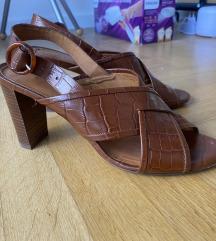 Sandale/ salonke na visoku petu