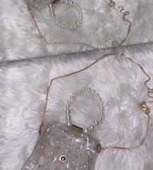 Prozirna torbica s biserima