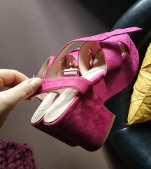 Kao nove sandale 37