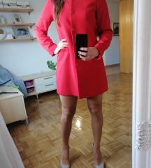 Prekrasni crveni kaput,/sako