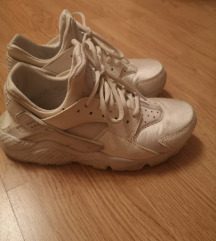 Nike huarache tenisice