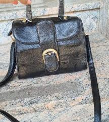 Nova s ruckom torbaa