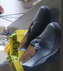Nove Fly London cipele broj 40