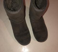 Ugg cizme sive
