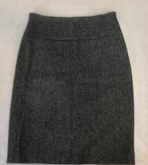 Fina vunena suknja