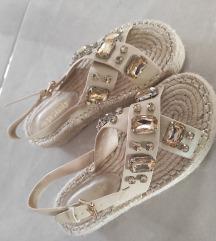Sandale s kamenjem 38-39