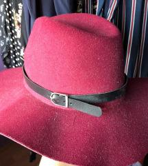 Bordo šešir