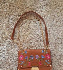 Stradivarus torbica