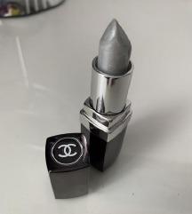 Novi Chanel srebrni ruž za usne