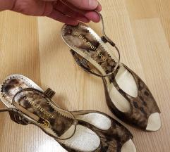 Štikle 39 ,5 40 sandale nove PIERO MATTEUCCI
