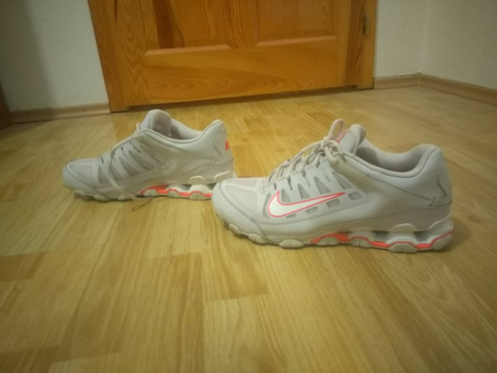 Nike Relax
