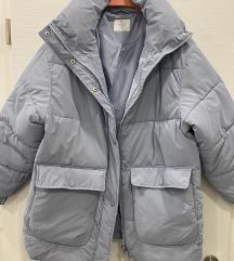 Svjetlo plava jakna