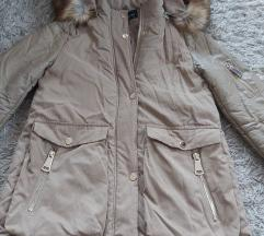 Bež zimska jakna