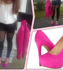 Jessica Simpson štikle pink i tirkizne