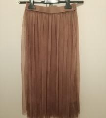 Duga smeđa suknja