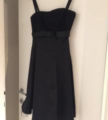 Svečana crna haljina sa tilom