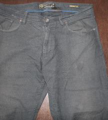 Tamno sive keper ljetne hlače vel. 34/30