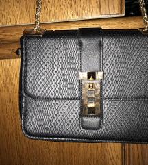 NOVA torbica za izlazak
