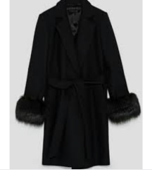 Zara kaput sa krznom