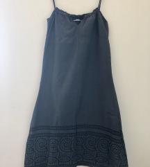 Izvezena haljinica
