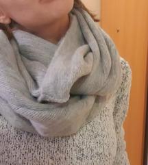Sivi zimski šal