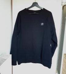 Crna majica/sweatshirt