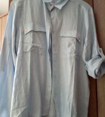 Nova svjetloplava košulja