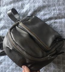 Srebrni ruksak 60kn