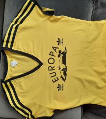 M% majica adidas,m/l