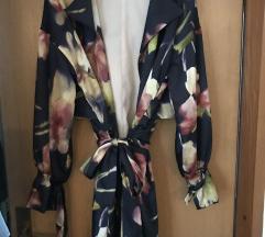 Zara cvjetni baloner/kimono, 36