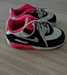 Nike vel. 25