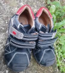Tofi cipele tene