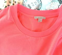 Cos kričavo roza majica