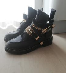 Balenciaga čizme