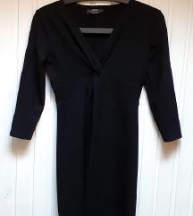 Mala crna haljina Bershka S