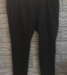 S.Oliver crne hlače- D44