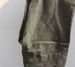 Nikad nošene hlače