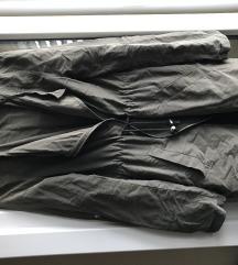 Maslinasta parka jakna H&M
