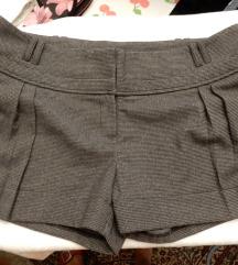 Kratke hlačice topli materijal pepito Novo