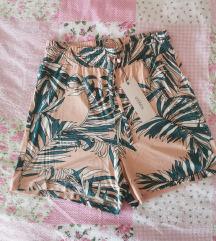 Kratke hlače XS