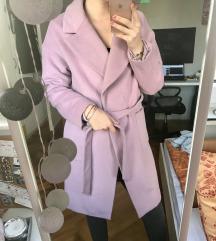 REZERVIRANO Ljubicasti kaput