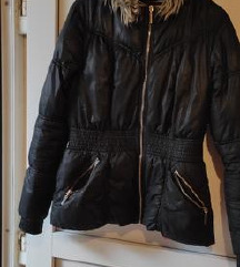 H&M DIVIDED crna strukirana zimska jakna 40