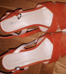 Narančaste sandale na punu petu