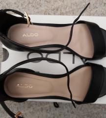 Nove Aldo sandale