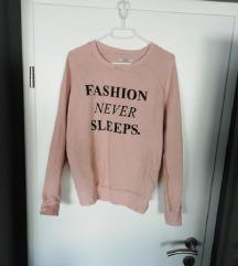 Majica dugačka Fashion never sleeps Bershka M