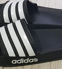 Natikače Adidas 40/41