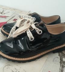 Zara cipele 32