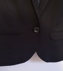 Kratki crni sako