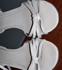 Bata sandale br.37