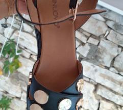Kozne sandale, nove